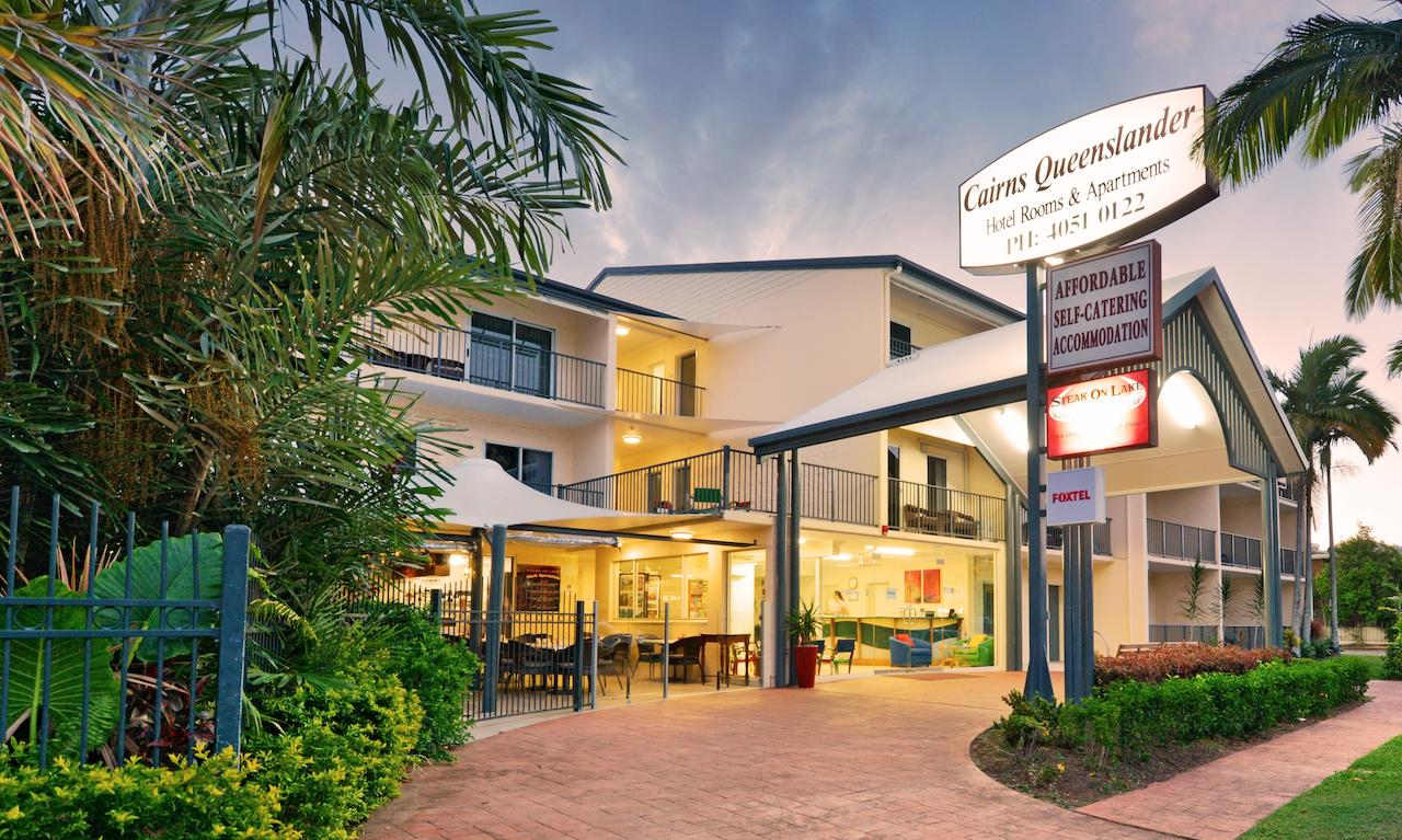 Cairns Queenslander Hotel  Apartments - Accommodation VIC