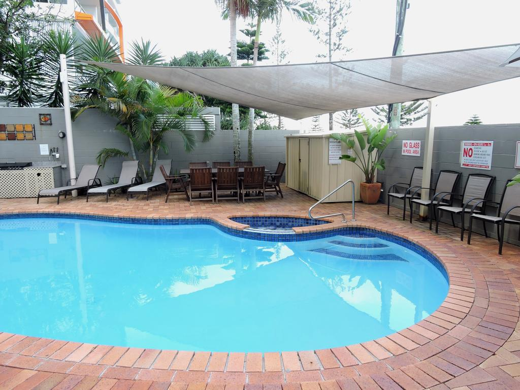 Bayview Beach Holiday Apartments - Accommodation VIC